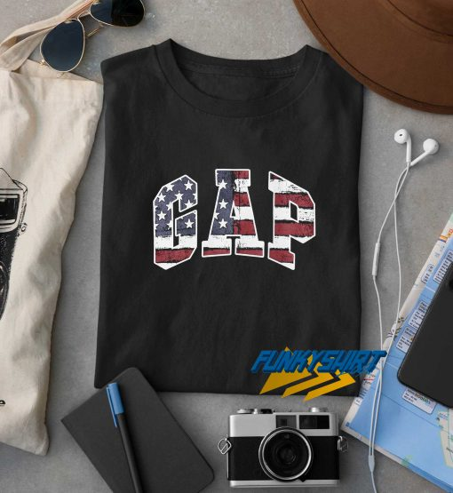 Gap Flag Logo t shirt