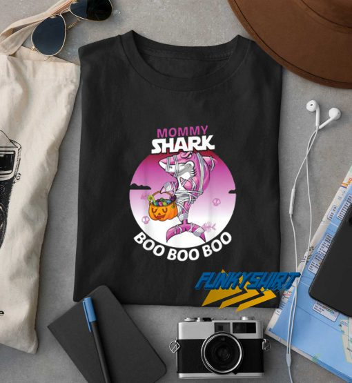 Pretty Mommy Shark Boo Boo Boo Family Halloween t shirt