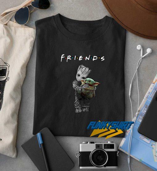 Groot Hug Baby Yoda Friends t shirt