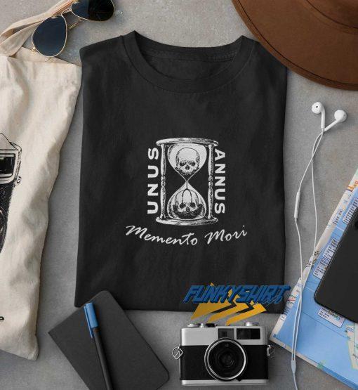 Unus Annus Memento Mou t shirt